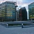 London - emotionsLess image